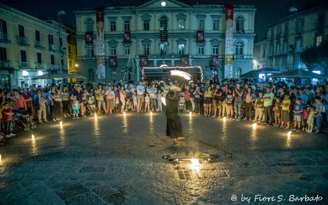 italie theatre rue culture art festival feu public